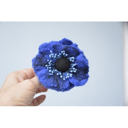 Брошка цвят синьо азур  8 см