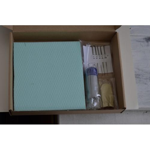 Фигурка бяло зайче с кошница ягодки
